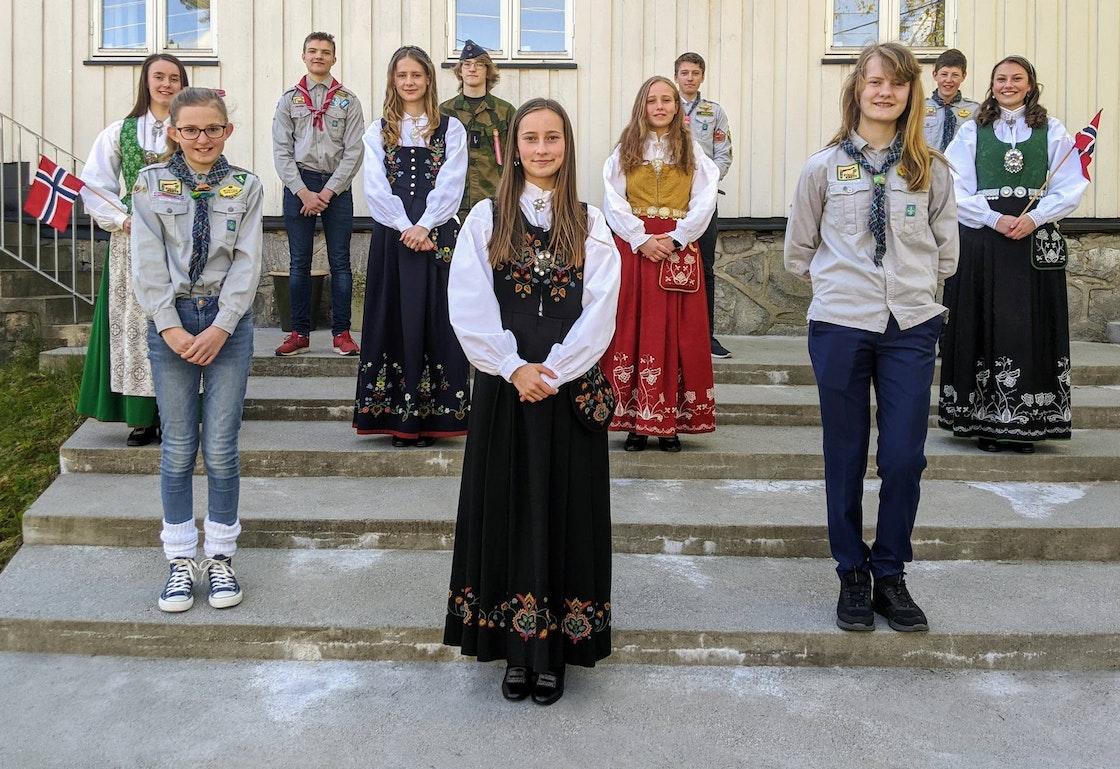 17. mai-årets gruppebilde Myrvoll speidergruppe (Foto: Mats Randsgaard, Norges speiderforbund)
