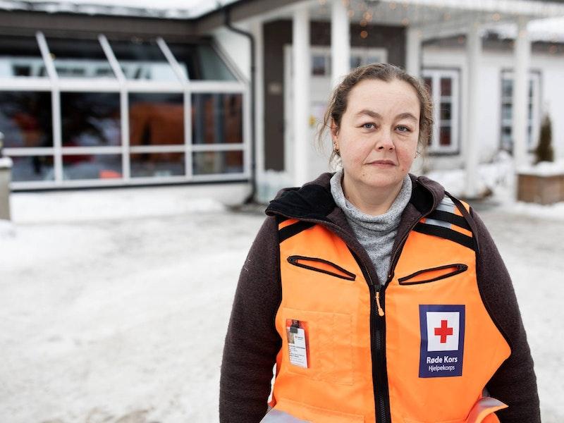 Lena Kristin Johannessen, Røde Kors-frivillig